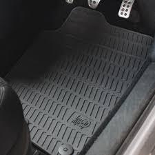 tappeti di gomma per auto tappetini auto da sostituire plus italia