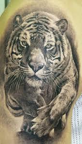 superior designed black and white running tiger