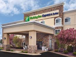 6 Flags In Chicago Holiday Inn Express U0026 Suites Chicago Libertyville Hotel By Ihg