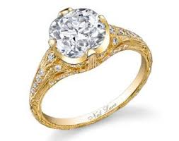 how much do engagement rings cost miley cyrus 3 5 carat engagement ring photos bling