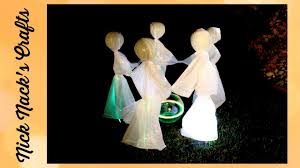 halloween lawn ghosts spooky fun diy halloween decoration