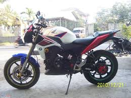cbr 150cc new model 2011 honda cbr150r modified from thailand motomalaya