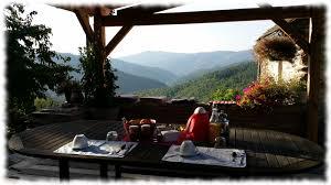 chambre d hote cabane dans les arbres cévennes cabane dans les arbres dôme chambres et table d hôtes