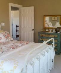 Shabby Chic Guest Bedroom - modern virginia farmhouse