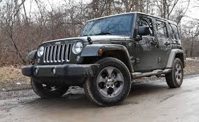 driving a jeep wrangler 6 things i learned driving the 2016 jeep wrangler autoguide com