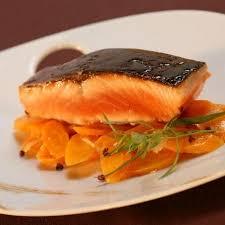 cuisiner pave de saumon recette de pavé de saumon au miel recettes diététiques