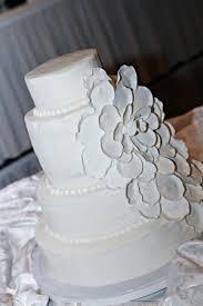 wedding cake gum buttercream cake wedding cake gum paste petals cakecentral