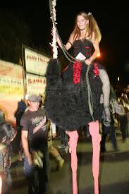 Outrageous Halloween Costumes West Hollywood Roll U0027dead Carpet U0027 500 000 Revelers