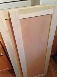 Unfinished Shaker Style Kitchen Cabinets by How To Build Kitchen Cabinet Doors Kitchen Cabinet Ideas
