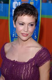 stud hairstyles alyssa milano s pixie very short haircut to keep the focus on
