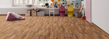 Strip Laminate Flooring Laminat Haro Laminate Floor Special Edition Nkl31 3 Strip Walnut