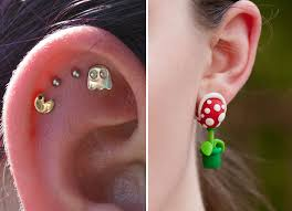 pacman earrings 24 cool and creative earrings that geeks would techeblog