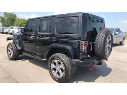 black jeep 2016 2016 jeep wrangler unlimited rubicon in illinois for sale used