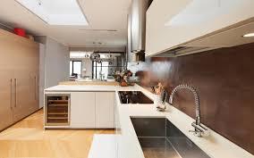 lavabo de cuisine installer un évier de cuisine ooreka