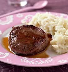 cuisiner tournedos tournedos de boeuf sauce vin blanc et mash de pommes de terre à
