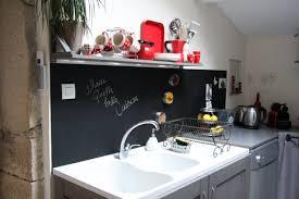 tableau magnetique cuisine un tableau noir dans ma cuisine
