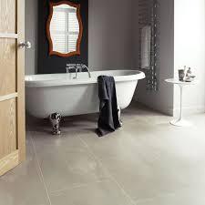 vinyl flooring bathroom ideas the 25 best vinyl flooring bathroom ideas on grey realie