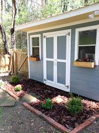 your yard is your canvas adding color to your yard the diy bungalow