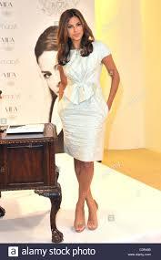 actress eva mendes launches her new home decor line vida at macy u0027s