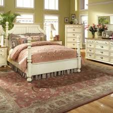 Cottage Themed Bedroom by Stunning Country Style King Size Bedroom Sets And Cottage