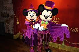 mickey and minnie halloween decorations minnie mouse kennythepirate com an unofficial disney world and