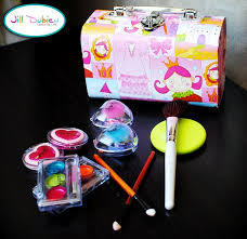 diy play makeup kit cute for a gift or any little
