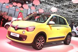 renault twingo 2014 renault u0027s new twingo shows up at the geneva motor show fooyoh