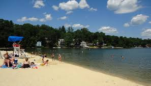 New Jersey lakes images File lake hopatcong state park nj beach scene houses in distance jpg