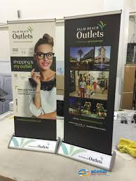 table banners and signs 3 places to use retractable banners stands beyond the trade show