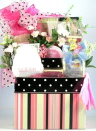 gift baskets for women best 25 gift baskets for women ideas on gift ideas