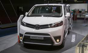 toyota proace verso 2017 frankfurt motor show versatile vans autonxt