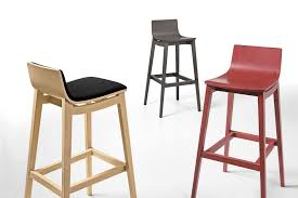 Red Bar Stools With Backs Hang Out Stylishly And Sitting Comfortably On Upholstered Bar