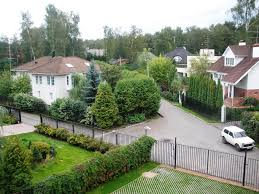Rublyovka Rublevka Homes Of The Rich Russians 150 Pics Manor Complex On