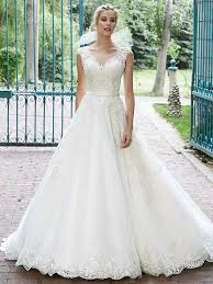 always on trend traditional lace wedding dresses