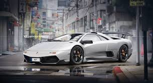 future lamborghini lamborghini diablo goes back to the future with a 21st century