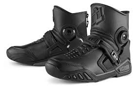 sportbike riding shoes icon accelerant boots revzilla