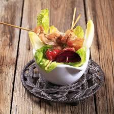cuisine az com recettes recette brochettes de poulet à la mangue avec leur salade facile