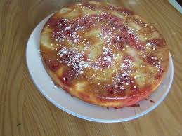 quand nad cuisine gâteau aux poires amandes et pralines roses recette sur le