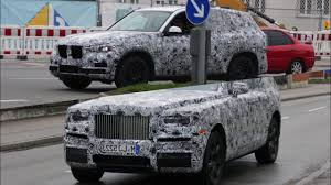 rolls royce cullinan interior 2019 rolls royce cullinan vs 2019 bmw x7 testing on the ring