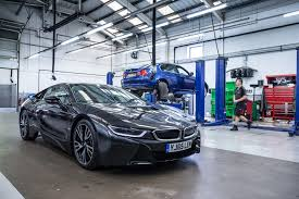 bmw workshop our friends electric u2013 the mechanics at the forefront of a