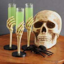 13 best halloween cocktails easy alcoholic drink recipes for