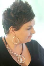 short hairstyles for plus size women over 30 30 stylish and sassy bobs for round faces stacked bobs bobs and