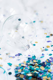 diy glitter confetti ornaments christmas craft ideas homemade