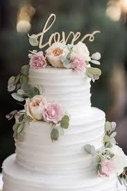 wedding cake decorations best 25 wedding cakes ideas on floral wedding cakes