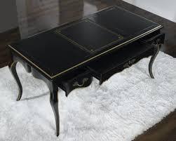 bureau noir laqué bureau ministre en merisier de style louis xv laque noir et or