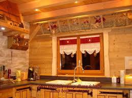 cuisine style montagne déco montagne et décoration style chalet grenier alpin ambiance