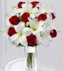 roses and lilies 40 inspirational pictures of wedding flowers bouquet 2018 your