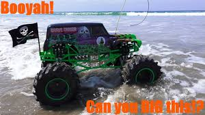 grave digger monster truck wallpaper rc cars trucks and tanks 1 8 scale monster jam grave digger at