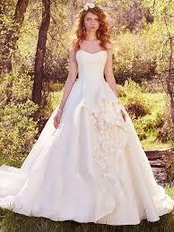 Princess Wedding Dresses Princess Wedding Dresses Belle Would Definitely Wear Bellissima