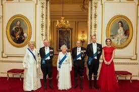 royal family 2016 photos kate middleton visits parents at